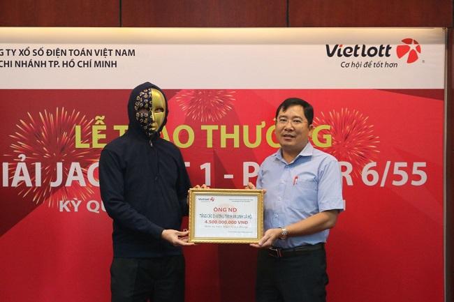 Người chơi trúng Jackpot của Vietlott đóng góp gần 19 tỷ đồng nộp ngân sách và ủng hộ các hoạt động an sinh xã hội
