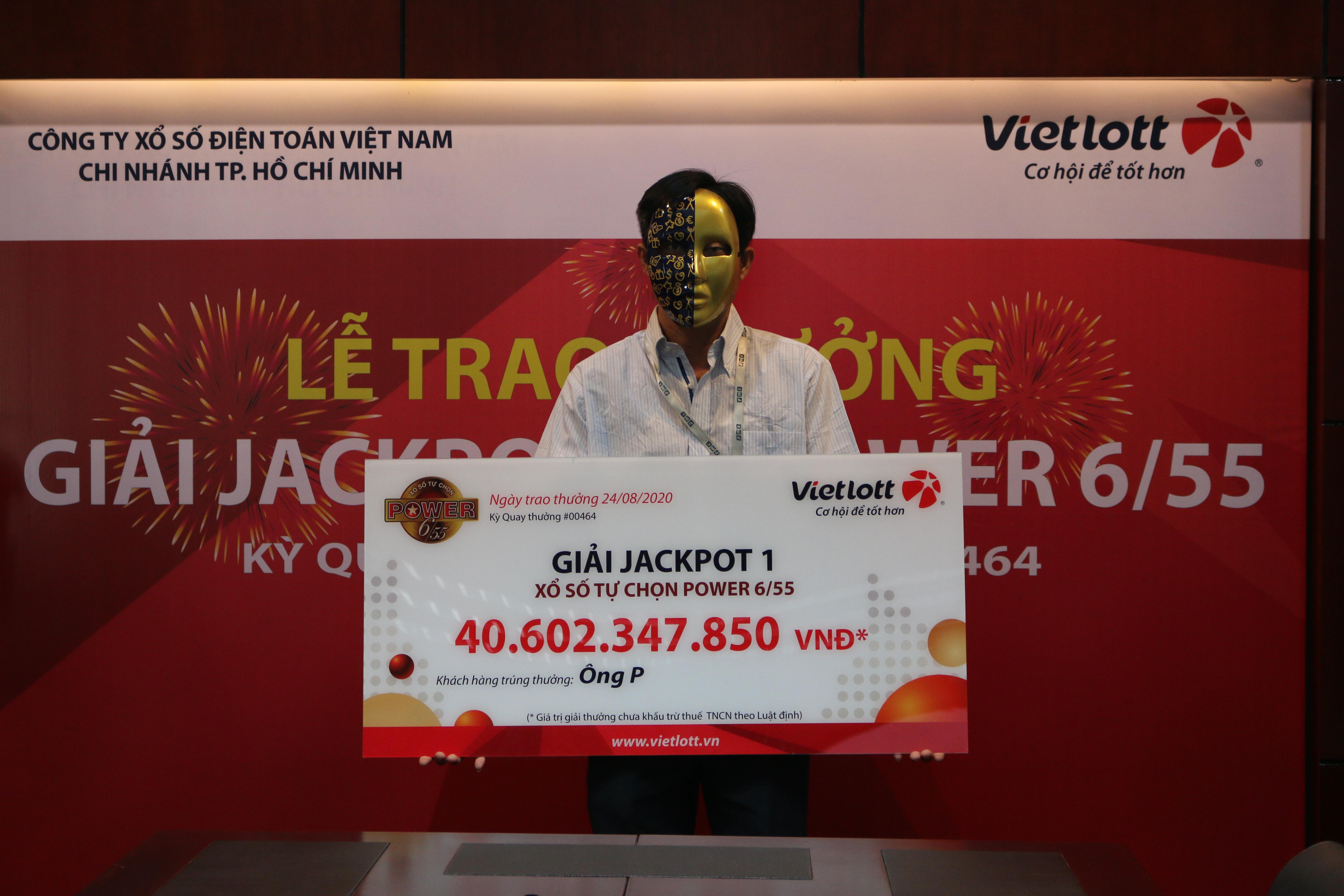 Người chơi trúng Jackpot hơn 40 tỷ từ thiện 400 triệu