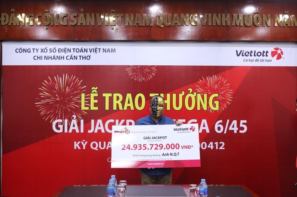 Khách hàng Cần Thơ và TP. Hồ Chí Minh chung vui với giải Jackpot tiền tỷ