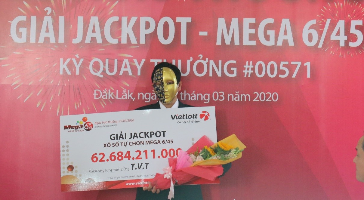 Người chơi lĩnh Jackpot trích 1 tỷ đồng làm từ thiện, hỗ trợ Quỹ chống dịch Covid-19