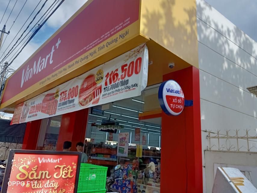 Hàng loạt điểm bán hàng Vietlott tại Vinmart+ vẫn phục vụ khách hàng 24/7