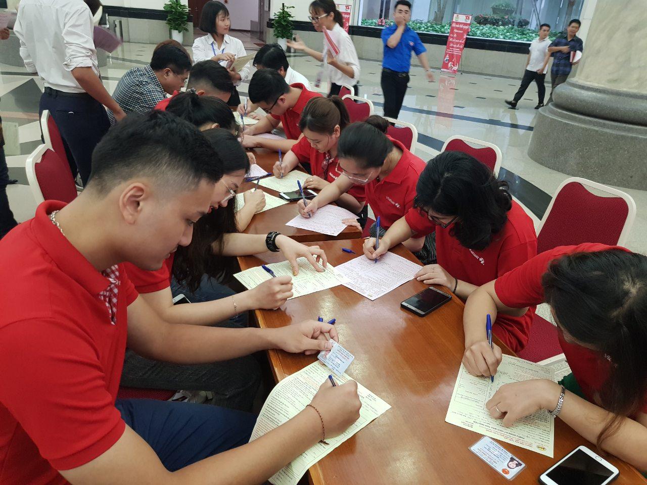 """Đoàn Thanh niên Vietlott hưởng ứng chương trình """"Ngày hội Hiến máu tình nguyện năm 2019"""""""