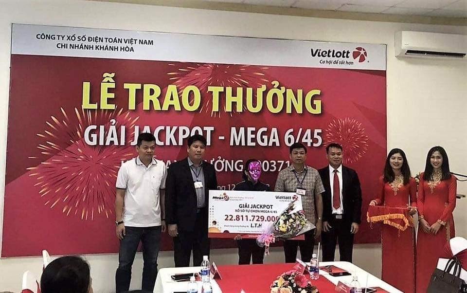 Vietlott trao giải Jackpot trị giá 22,8 tỷ đồng cho khách hàng tại Đắk Lắk